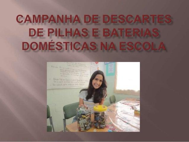 Foto com a Profª de Biologia Marisol com a   aluna Paloma(2º ano) e presidente do       Grêmio Estudantil da escola