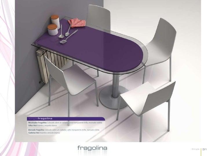 singlefragolinaMostrador Fragolina Colocado sobre un radiador, cristal transparente brillo, mostrador violeta.Sillas Hot A...