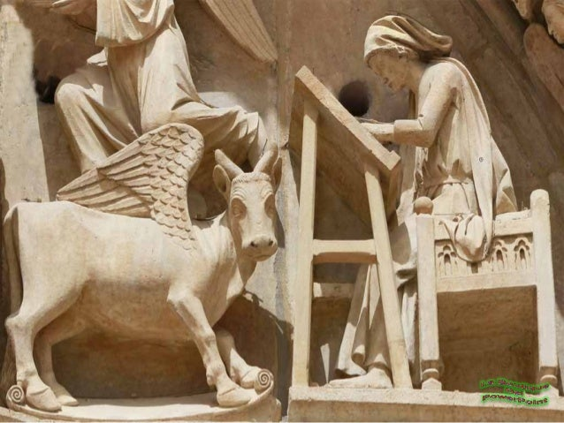 Réplica de la imagende Santa María laMayor, cuyo original,se encuentra en laparte central delretablo mayor de laCatedral