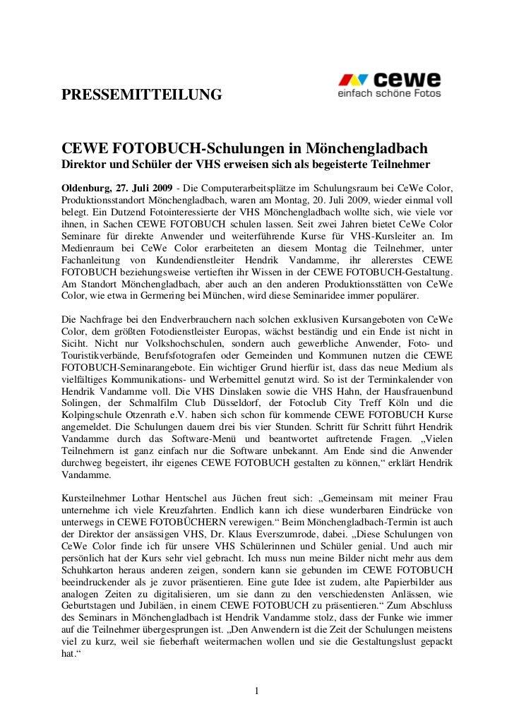 PRESSEMITTEILUNGCEWE FOTOBUCH-Schulungen in MönchengladbachDirektor und Schüler der VHS erweisen sich als begeisterte Teil...
