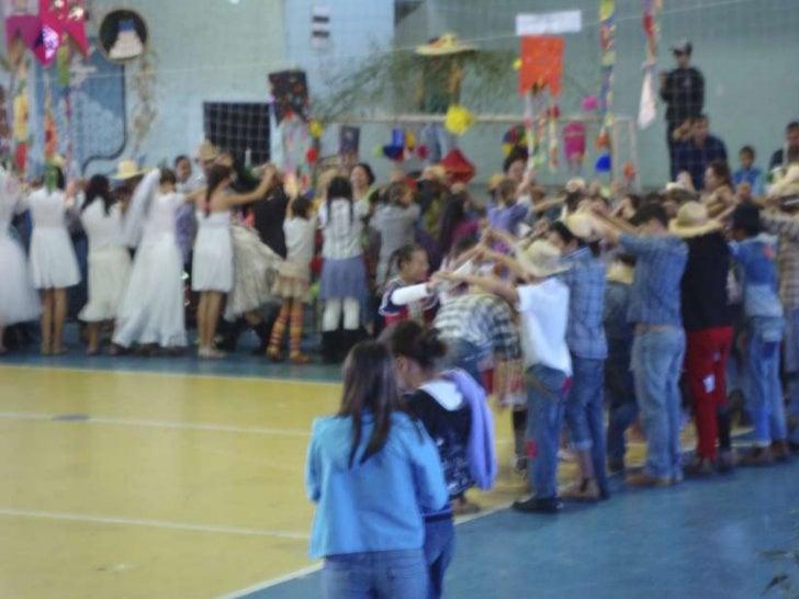 Colégio arceburguense apresenta tradicional quadrilha