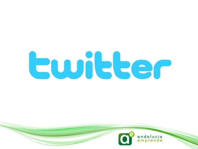 ¿Twitter?• Es un servicio gratuito que   combina características de los   sms, los blogs y la mensajería   instantánea. S...