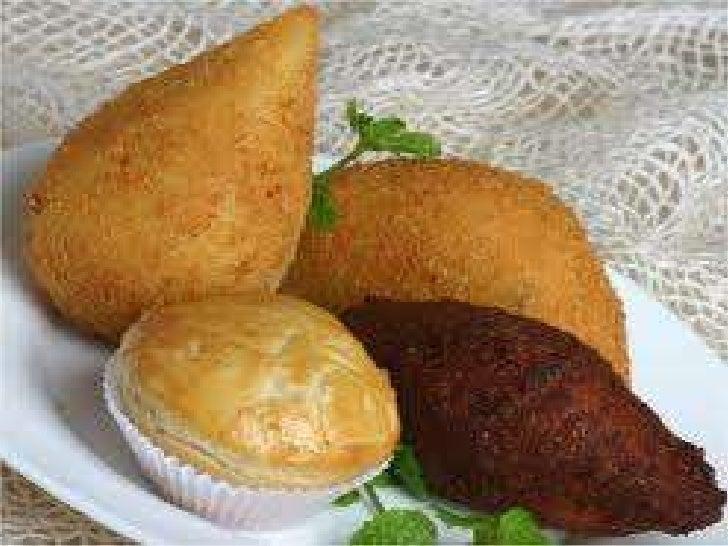 Torta de frango com queijo cremosoIngredientesMassa-   600g de farinha de trigo-   500g de margarina-   1 ovo-   1 pitada ...