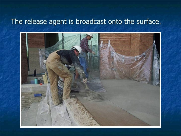 The release agent is broadcast onto the surface.