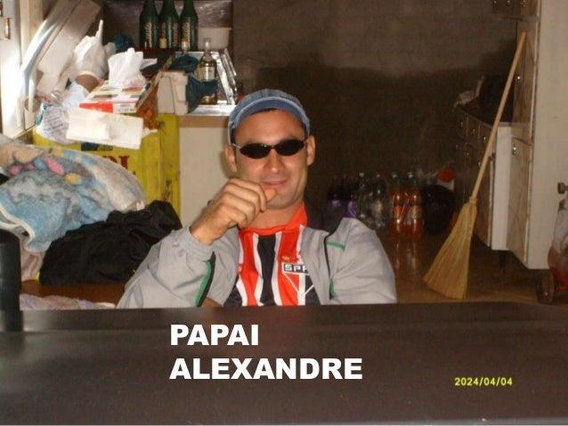 V PAPAI ALEXANDRE