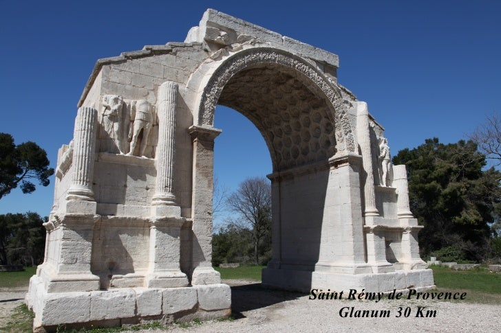 Saint Rémy de Provence    Glanum 30 Km