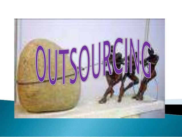 También conocido como subcontratación, administración adelgazada o empresas de manufactura conjunta, el outsourcing es la ...