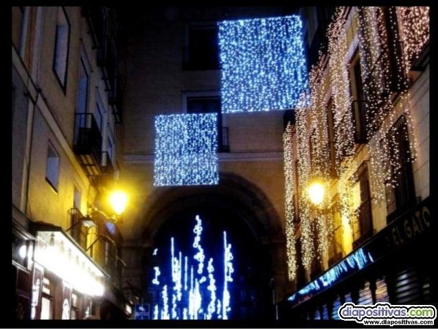 """""""la plaza de Isabel II""""  en ella además este año un mercadillo de lo mas dulce """"gastronomía y dulces de navidad"""""""