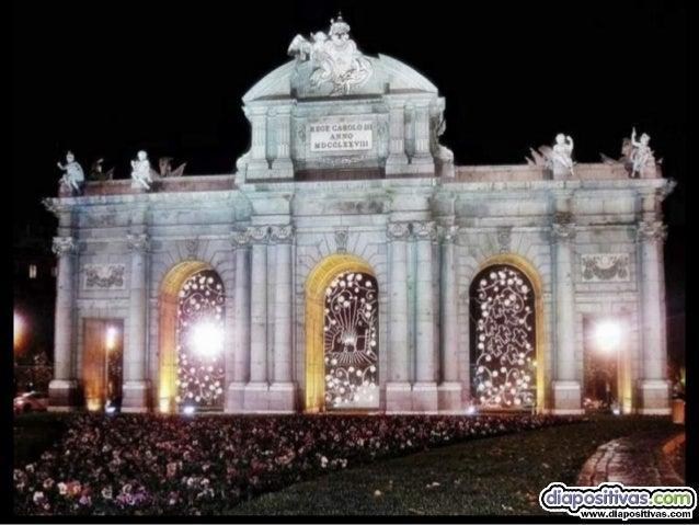 """como diría la canción.... Mírala mírala mírala,  """"el belén""""  luce en la puerta de Alcalá"""