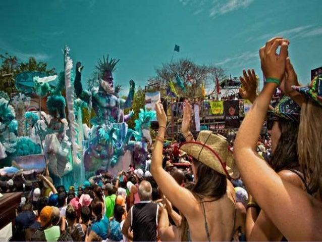 Los Carnavales de Panamá, son festejados por cuatro días consecutivos. Las festividades del carnaval panameño inician en l...