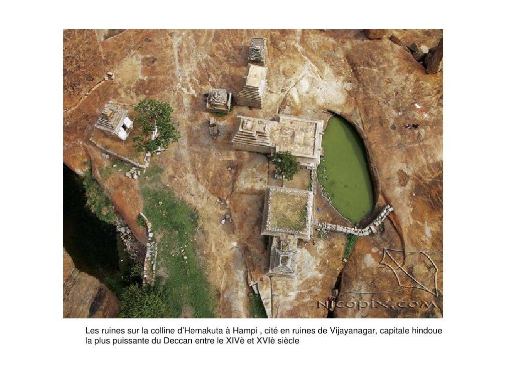 Les ruines sur la colline d'Hemakuta à Hampi , cité en ruines de Vijayanagar, capitale hindoue la plus puissante du Deccan...