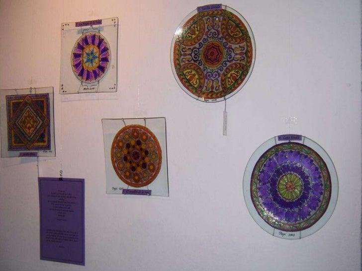 Exposición de mandalas en platos Slide 2
