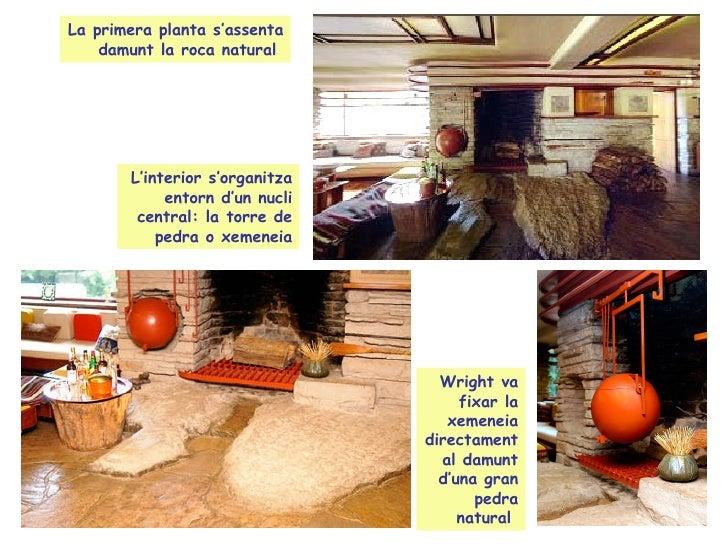 La planta baixa de la casa té un ampli saló i la cuina.  Al segon pis dos dormitoris grans i una petita habitació de convi...