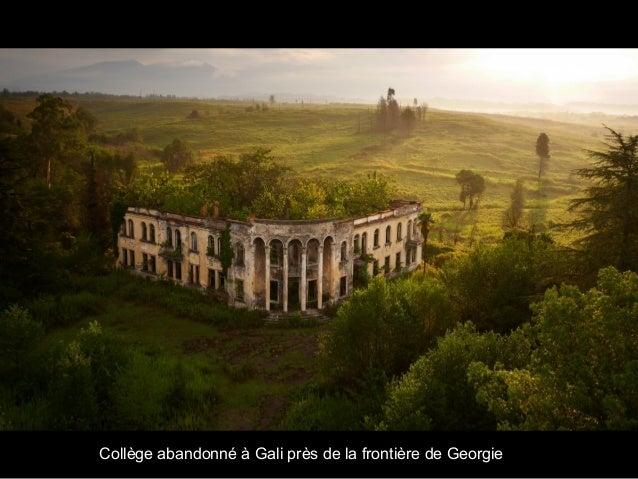 Collège abandonné à Gali près de la frontière de Georgie