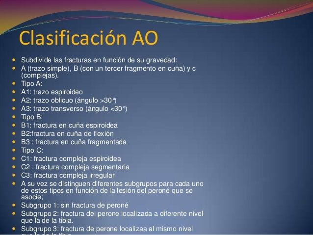 Introducción  La anatomía de la región proximal de la tibia es asiento de fracturas de una o ambas mesetas con separación...