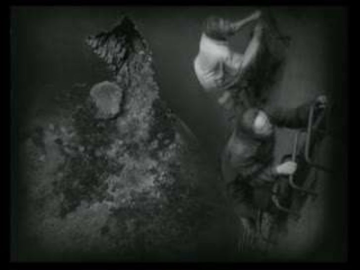expressionism in films essay From caligari to metropolis but this little essay is only the wolf's personal reflection about the films he had the opportunity to watch -and love.