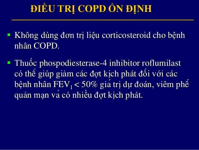 Sốđợtkịchphát/năm 0 CAT < 10 mMRC 0-1 GOLD 4 CAT > 10 mMRC > 2 GOLD 3 GOLD 2 GOLD 1 ĐIỀU TRỊ COPD ỔN ĐỊNH CÁC LỰA CHỌN...