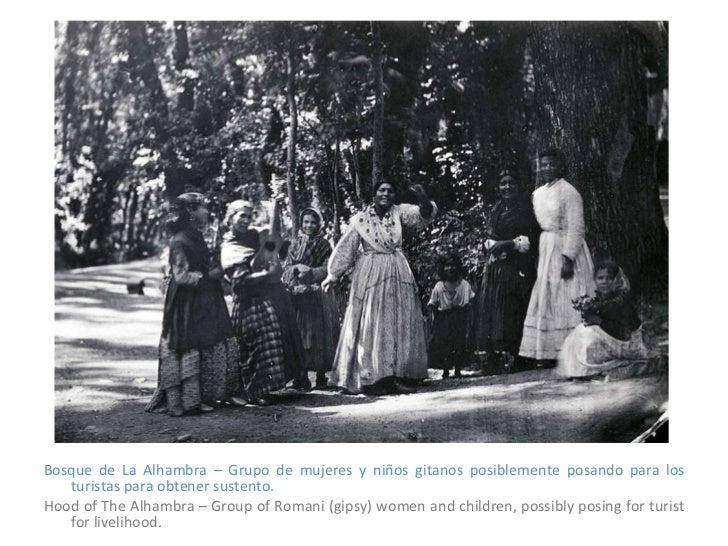 <ul><li>Bosque de La Alhambra – Grupo de mujeres y niños gitanos posiblemente posando para los turistas para obtener suste...