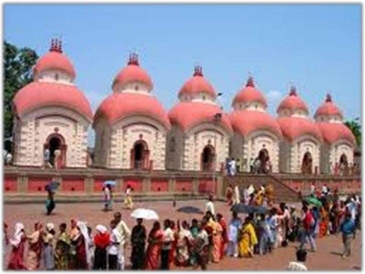 DIOSES DEL HINDUISMO. El hinduismo tiene alrededor de más de 330millones de dioses, su deidad máxima adoradaes el Trimurti...
