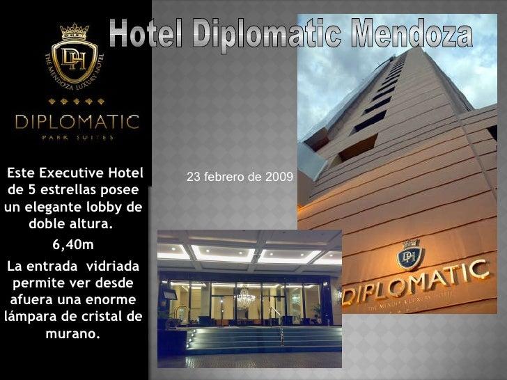 Este Executive Hotel de 5 estrellas posee un elegante lobby de doble altura.  6,40m La entrada  vidriada permite ver desde...