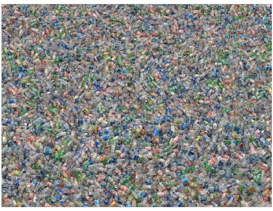WASTEFUL BUILDINGS - USA  20,000 landfills - >15,000 reached limit & closed  40% of landfill content is construction waste...