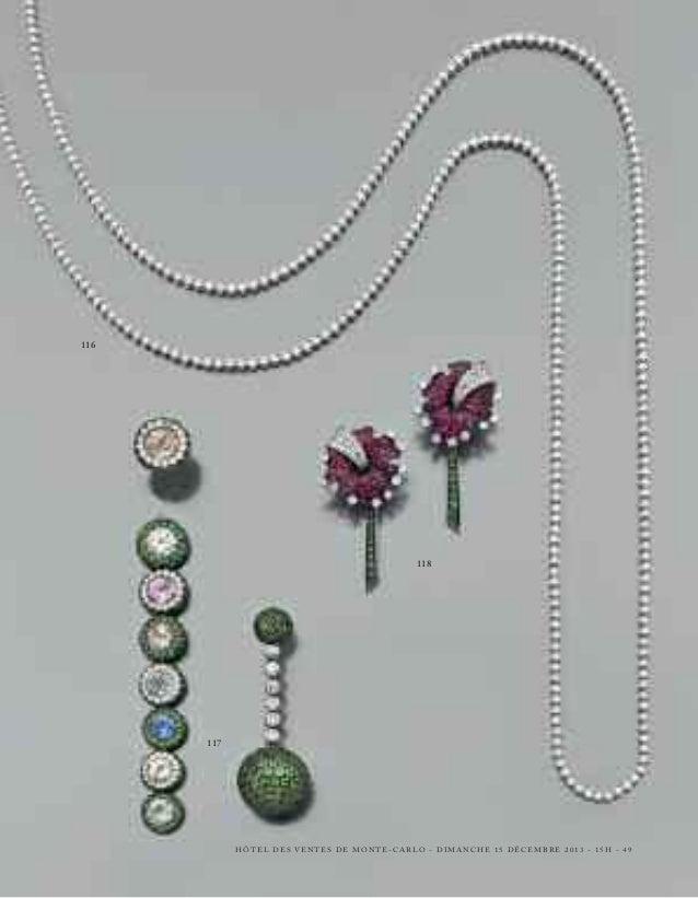133 - PAIRE DE BELLES CRÉOLES  en or gris, pavées de diamants. Poids : 20,2 g.  A pair of diamond and 18K gold earrings.  ...