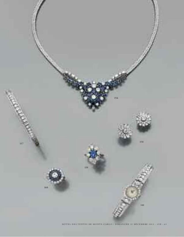 174  174 - PAIRE DE PENDANTS D'OREILLES  en or gris, en ruban noué retenant un pompon mobile de trois lignes de diamants b...
