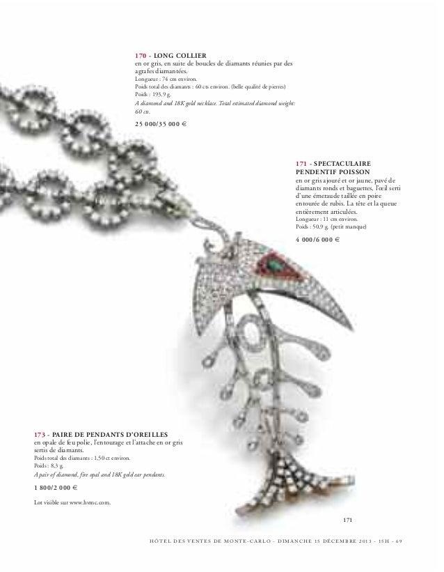 182 - CHOPARD PAIRE DE PENDANTS D'OREILLES  en or gris, composés d'une fleurette de diamants ronds retenant un cœur mobile...
