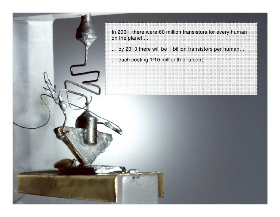 Inovação como Vantagem Estratégica e Competitiva                              In 2001, there were 60 million transistors f...