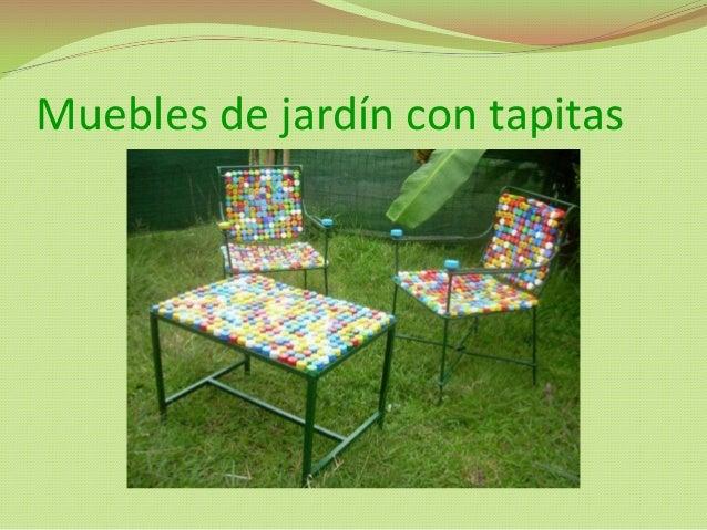 ideas ecolgicas basurero hecho de muebles de jardn con tapitas cortineros de tapitas