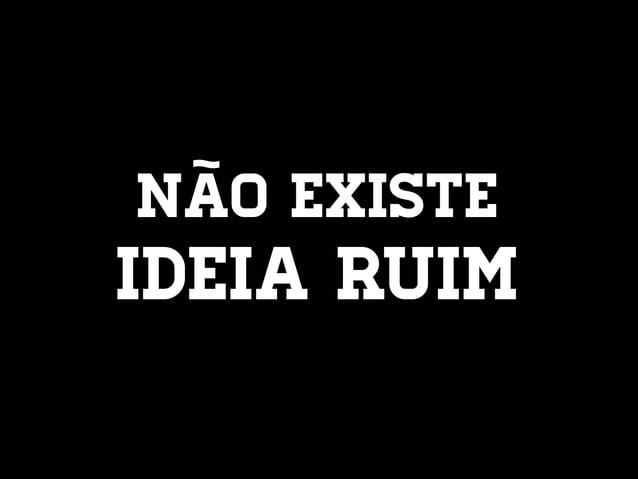 OLHEM EMBAIXO DA CADEIRA!
