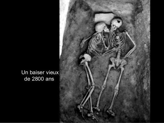 Un baiser vieux de 2800 ans