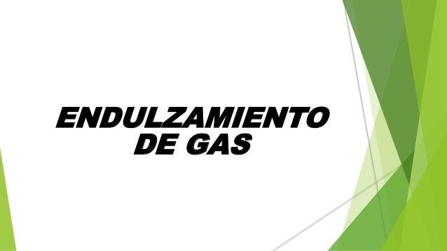 De gas natural un tcnico configura una caldera de gas for Portal del instalador de gas natural