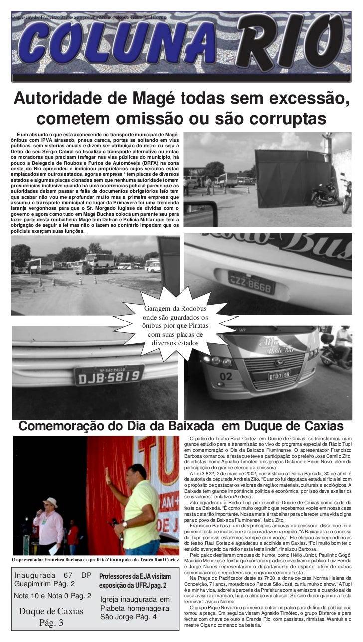 1O apresentador Francisco Barbosa e o prefeito Zito no palco do Teatro Raul Cortez Jornal Coluna Rio Autoridade de Magé to...
