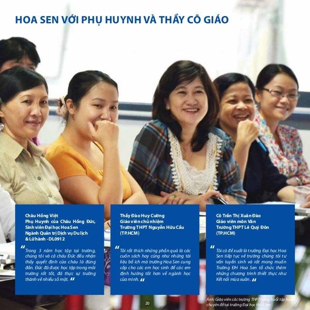 """"""" """" """" """" SInh viên Đại học Hoa Sen chụp hình lưu niệm với cô Hiệu trưởng tại lễ Khai giảng 2010 - 2011 Huỳnh Minh phúc - Kh..."""