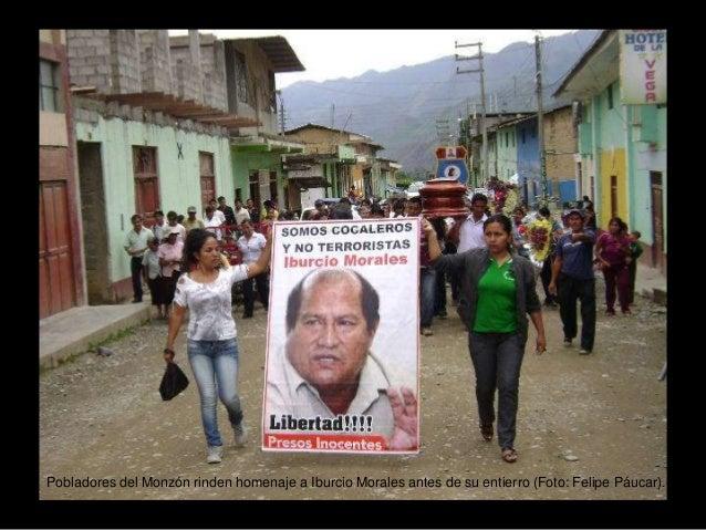 Pobladores del Monzón rinden homenaje a Iburcio Morales antes de su entierro (Foto: Felipe Páucar).