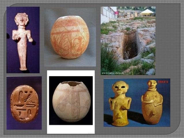  Interpretació de la Figura: deessa o mortal?  tres interpretacions: 1. Retrat idealitzat de la difunta, i ricament vest...