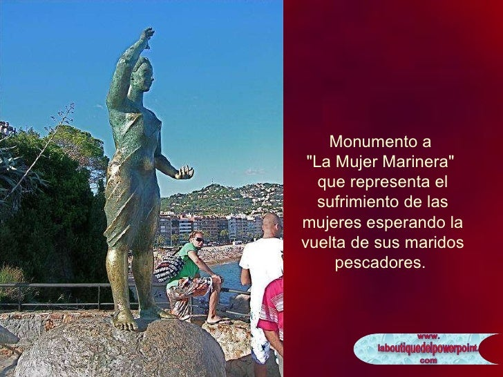 """Monumento a  """"La Mujer Marinera""""  que representa el sufrimiento de las mujeres esperando la vuelta de sus marido..."""