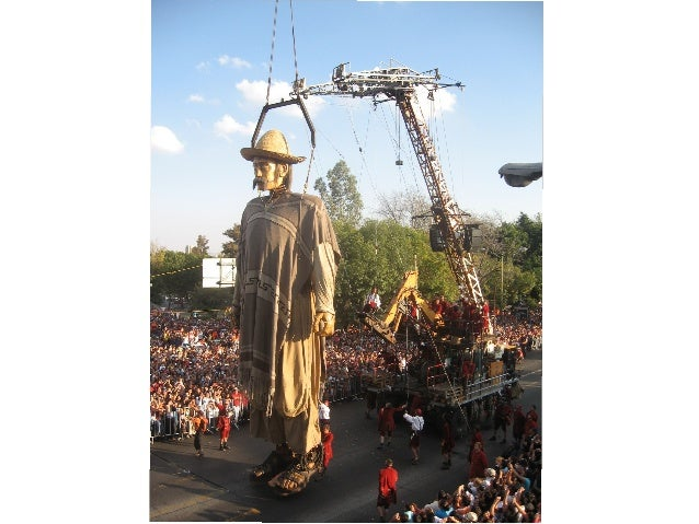 Royal de Luxe à Guadalajara pour le centenaire de la Révolution mexicaine