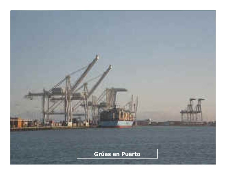 Grúas en Puerto