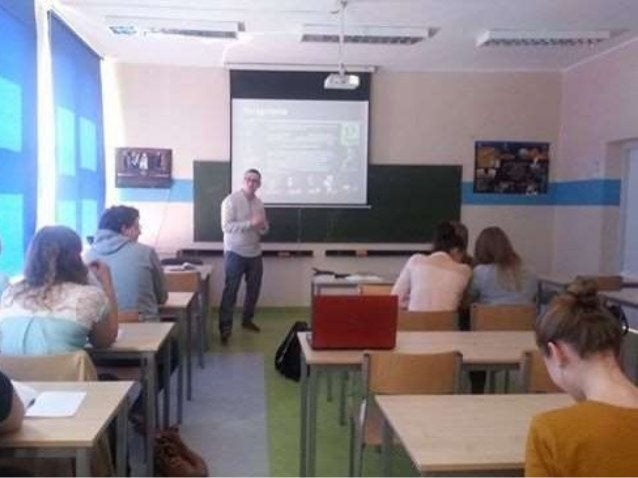 Platforma poza narzędziami typowo edukacyjnymi oferuje również mechanizmy społecznościowe !
