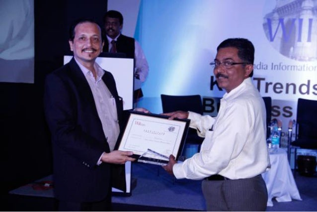 Mr. Meheriar Patel CTO - Globus Store gives the award of the best Support - Western India