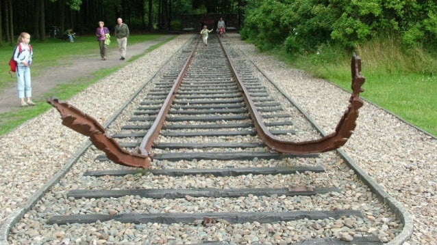 Migrating from monolithic rails Slide 3