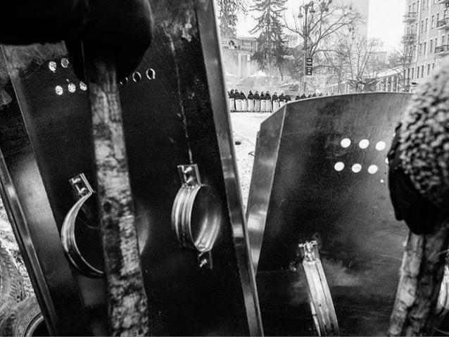 Photographer Mstyslav Chernov: Street Hrushevskoho, Kiev  Slide 3
