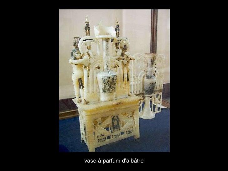 vase à parfum d'albâtre
