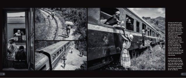 A chaque arrêt en gare, des myriades de petits vendeurs se précipitent aux fenêtres des wagons pour vendre des fruits, des...