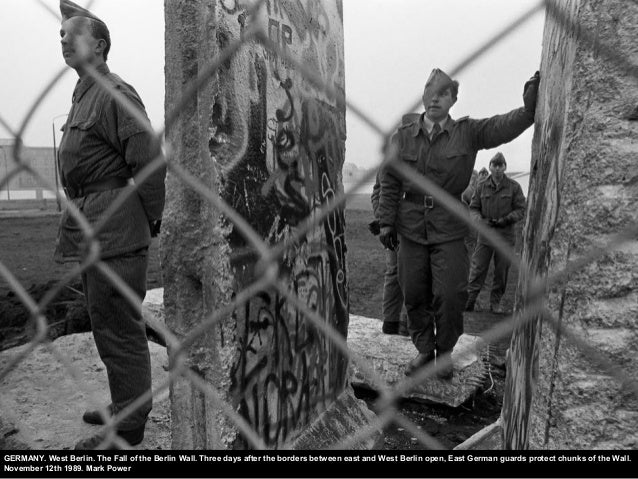 GERMANY. West Berlin. The Fall of the Berlin Wall. Three days after the borders between east and West Berlin open, East Ge...