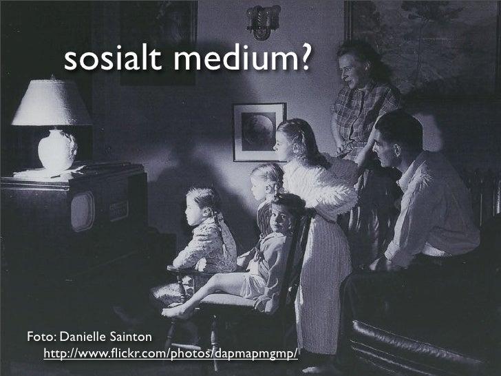 NRK og sosiale medier Slide 2