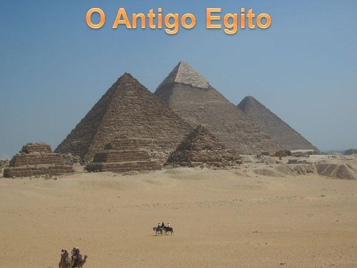 Os primeiros registros da civilização egípcia datam de cerca de seis mil anos atrás.   Eram como um oásis no deserto, depe...