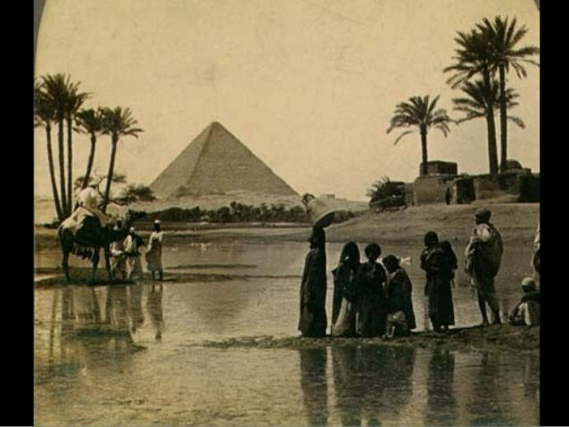 Voltemos à História oficial: segundo ela, as pirâmides foram construídas por escravos, durante um período de 20 anos, apro...
